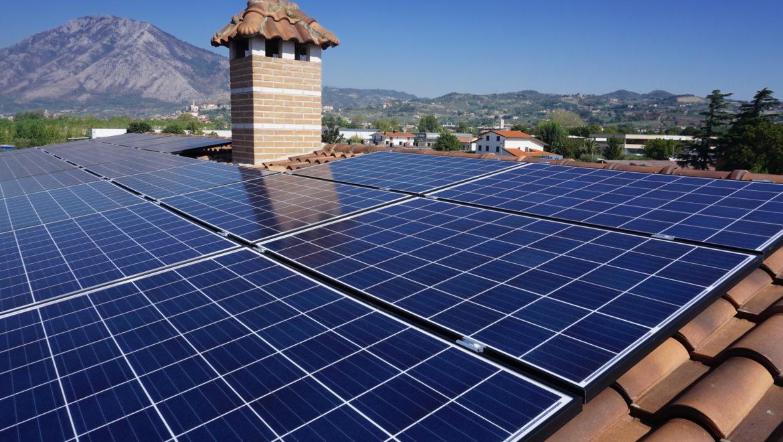 L'impianto fotovoltaico domestico: breve guida all'acquisto