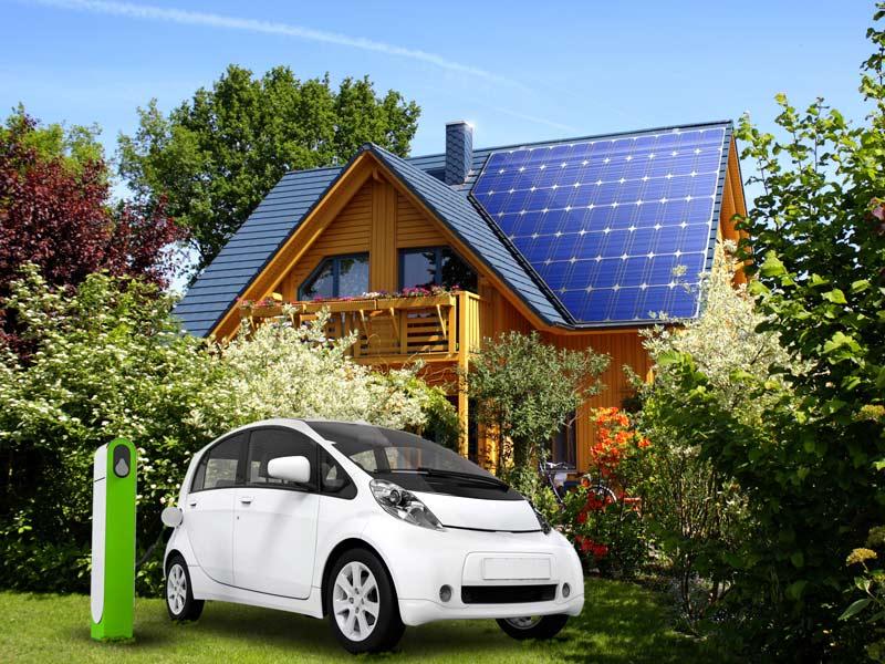 Fotovoltaico e Colonnine elettriche: l'energia solare diventa carburante pulito ed economico