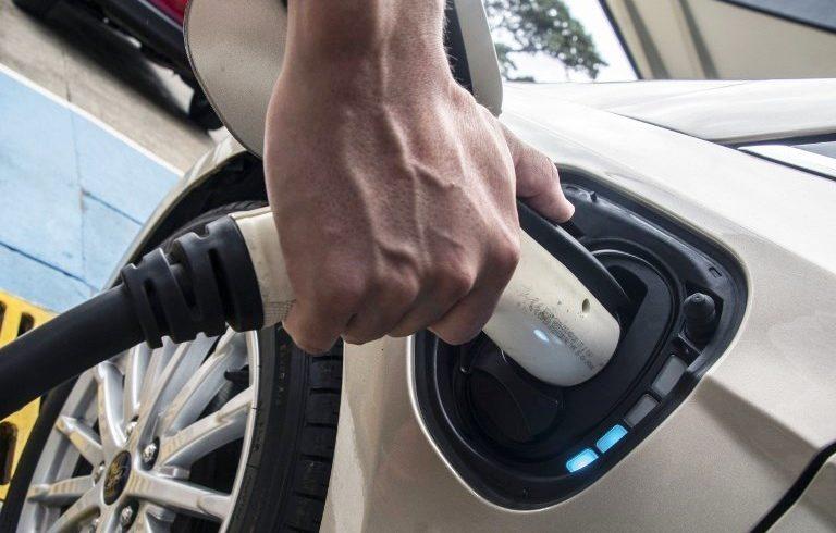 """L'auto elettrica """"pura"""" farà il 25% del mercato in Europa nel 2030"""