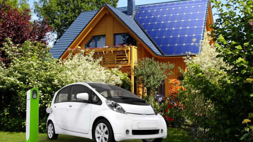 Auto elettrica ed energie rinnovabili, la grande occasione dell'Italia